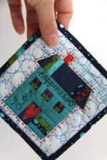 The House Where Kitty Lives Free Mini Quilt Pattern by Allison Richter from Campbell Soup Diary